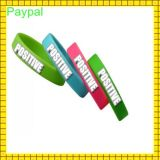 Manufatura Cheap Customized Silicon Wristband (gc-s005)