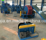 El neumático usado que recicla la máquina /Tyre recicla la planta/la línea que produce de goma reclamada