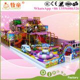 Cour de jeu d'intérieur d'enfants de terrain de jeux de gosses mous d'intérieur de matériel
