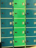 Schließfach verwendet für Speicherung und die Handy-Aufladung