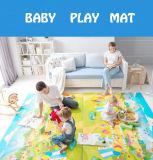 아기 실행 매트 아기 08d5를 위해 포복하는 바느질 작풍 자물쇠 안전 물자 사례