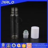 rullo di vetro della fiala 10ml sulla bottiglia per l'accumulazione del profumo o dell'olio essenziale