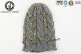 Gorrita tejida caliente hecha punto telar jacquar de encargo de acrílico barato al por mayor del invierno
