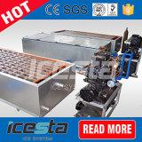 Ghiaccio in pani commerciale che fa la macchina del sistema di refrigerazione delle macchine
