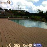Decking de madeira composto ao ar livre moderno do Ce WPC para a associação