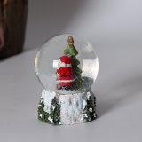 Migliore globo della neve del Babbo Natale di qualità della resina con il formato differente