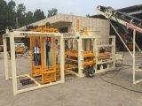 Vollautomatischer hydraulischer Block der Meidum Größen-Qt4-18, der Maschine herstellt
