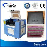 Grabador de madera de goma de acrílico de papel del laser del CO2 Ck6040