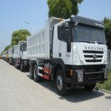 真新しい25tダンプカーのIveco Genlyonのダンプトラックアルジェリア