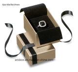 Коробка подарка ювелирных изделий бумаги золота Matt высокого качества Jy-Jb131 с изготовленный на заказ тесемкой логоса
