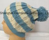 Chapéu de confeção de malhas do cabo com o chapéu do Beanie do Pompom (Hjb042)