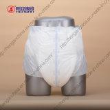 L'absorptivité superbe et le tissu aiment sentir la couche-culotte d'adulte de Dispasable