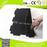 La dimensión de una variable del dispositivo de seguridad del suelo de la aptitud fácil instala los azulejos de suelo de goma