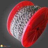 Varia catena del metallo della sfera con l'imballaggio del rullo