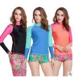 Beachwear высокомарочной Lycra длинней втулки повелительницы Подныривания Suit& Женщины