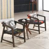 Muebles de estar cuarto de madera con la silla de brazo doble del color y la mesa redonda (SP-CT706)