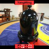 黒いカラーカジノのプラスチック手動ダイスコップの形のカジノの火かき棒表ゲームYm-Di03のための自動ダイスコップ