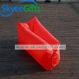 3-4 Personen-faules Nichtstuer-Luft-Schlafsack-Sofa auf Strand