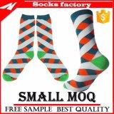 Populär für die Markt-Dame-gemütlichen flockigen Mannschafts-Socken