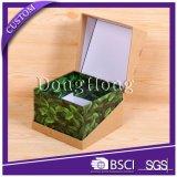 特別な蝶番を付けられたふたの優雅で環境に優しいクラフト紙ボックス