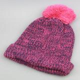 POM Pomsの帽子のカスタム冬の帽子は帽子、習慣によってを編まれたPOMの帽子の帽子編んだ