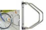 Crémaillères fixées au mur rotatives de stand de vélo