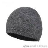 帽子の帽子のカスタムニットの帽子POMのPOMによって編まれる帽子の帽子