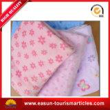 Coperta del panno morbido del bambino lavorata a maglia abitudine
