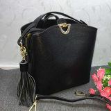 新式の革ハンドバッグの高品質の革女性のトートバックEmg4595