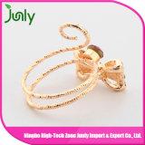 Os anéis de casamento os mais atrasados do ouro dos anéis de casamento da jóia da moda