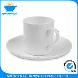 De draagbare Ceramische Kop van de Koffie met Schotel