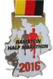 Medaglia su ordinazione per la maratona mezza con il marchio della stella, doppi lati
