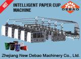 Taza de papel que forma la máquina en la conexión múltiple
