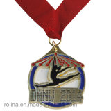 Meia medalha feita sob encomenda da estação de acabamento do funcionamento da maratona 5k 10k com fita