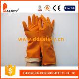 Ddsafety 2017のオレンジ世帯の乳液の手袋の群によって並べられるダイヤモンドは握る