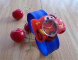 Шарж детей кварца вахты студня вахты силикона тавра спортов малышей модельера горячего сбывания Yxl-875 новый наблюдает вахту шлепка