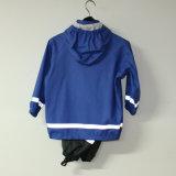 サファイアの青い固体PU子供または赤ん坊セットのための反射雨ジャケット