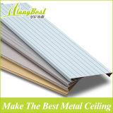 装飾のための線形天井アルミニウムCによって形づけられるストリップの天井