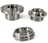 CNCによって回される部品を機械で造るアルミニウム精密
