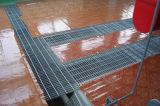 ISO9001 Grating van het Staal van de Hete ONDERDOMPELING van het staal de Materiële Gegalvaniseerde Dekking van het Kanaal