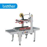 Bruder-halbautomatische Karton-Dichtungs-Maschine/Karton-Abdichtmasse Fxj6050b