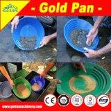 Het scheiden van Goud van de Gouden Pan van de Mijnbouw van het Zand voor de Persoonlijke Kleinschalige Goudmijn van de Mijnwerker