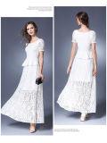 Form-Spitze-Höhlung-Blumenoberseite und Fußleisten-gesetztes Kleid