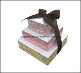 Cubo de papel do memorando da pirâmide com a fita para a promoção