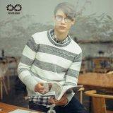 ODMのアクリルのウールのナイロンしまのあるジャンパーの人のセーター