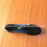 Chaussures neuves du football de type avec la bonne qualité