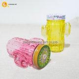 ふたおよびわらが付いているサボテンによって形づけられる飲むガラスのメーソンジャー