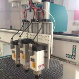 Macchina per incidere di scultura di legno di CNC della macchina di CNC dei 3 assi di rotazione