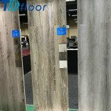 Pavimentazione di lusso di Lvt della plancia del vinile di vendita calda impermeabile del reticolo di legno di quercia