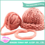 Tipos feitos malha chapéus mornos agradáveis originais do inverno de lãs